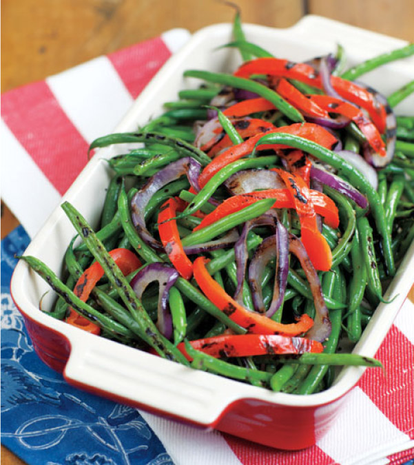 Grilled Green Beans with Peppers and Onions